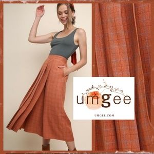 Umgee High Rise Crop Pant W/Pleated Skirt Overlay